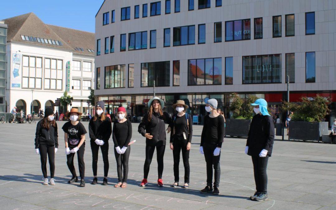 Galerie: Pantomime auf dem Marktplatz